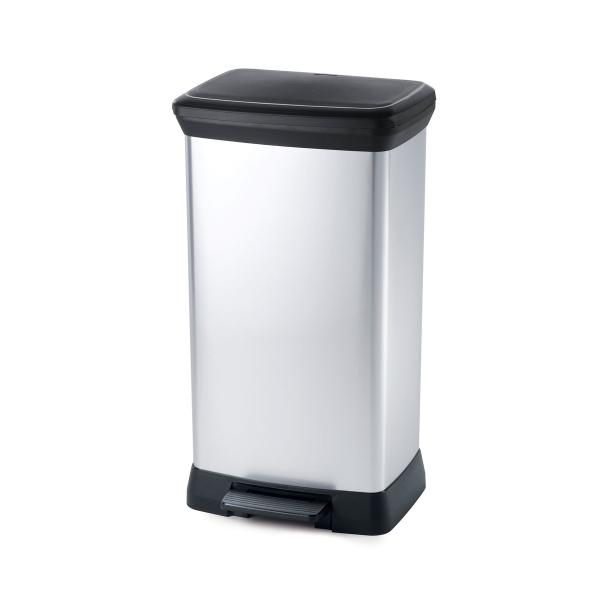 Pojemniki na odpady – lepsze plastikowe czy metalowe?