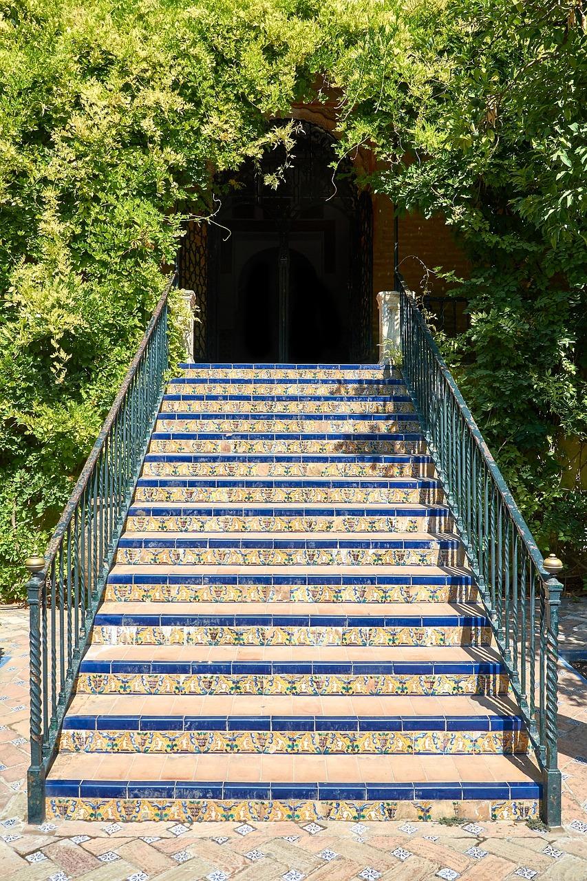 Jak wybrać płytki schodowe?