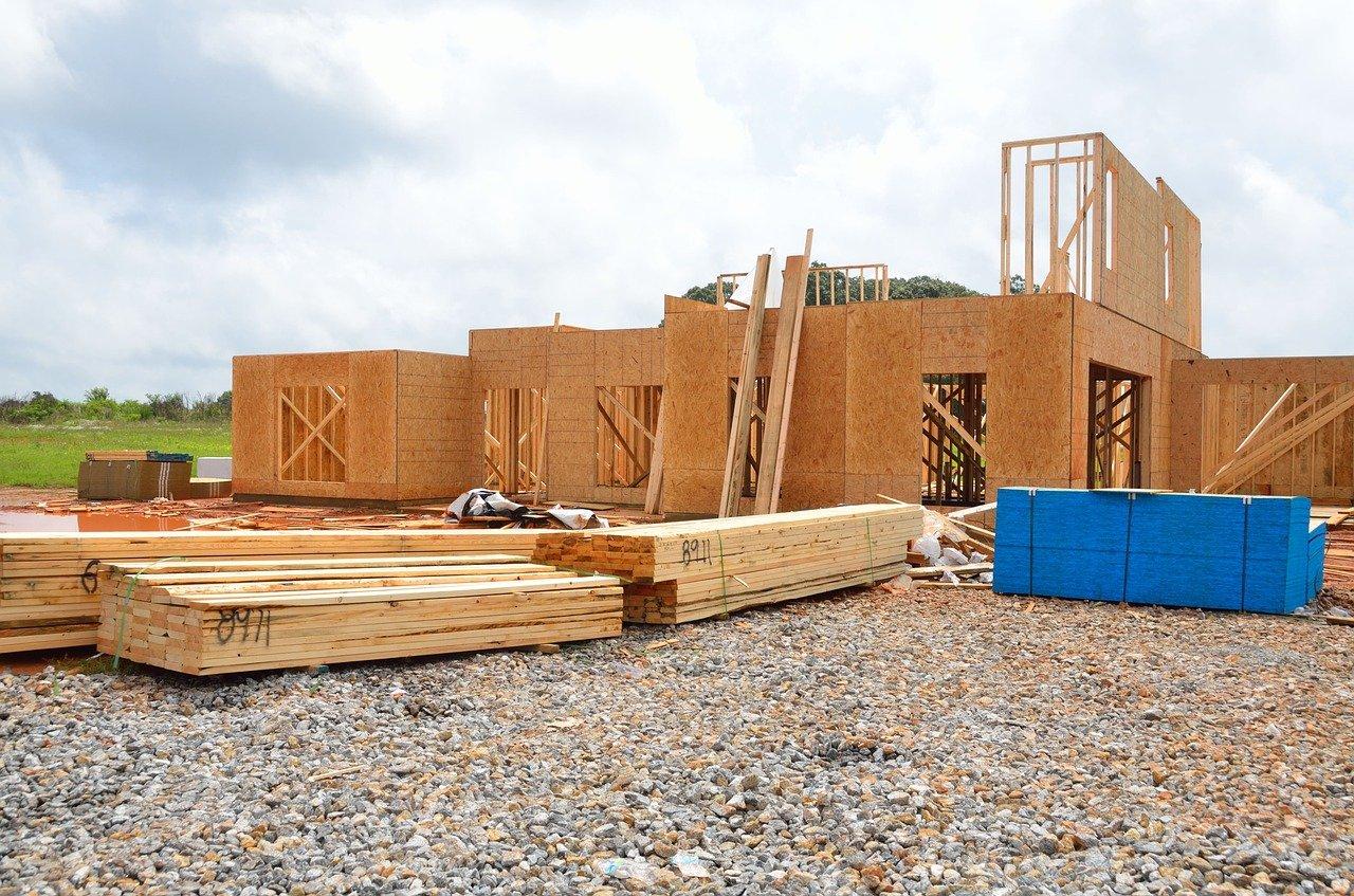 Gdzie szukać zleceń na budowę domu?