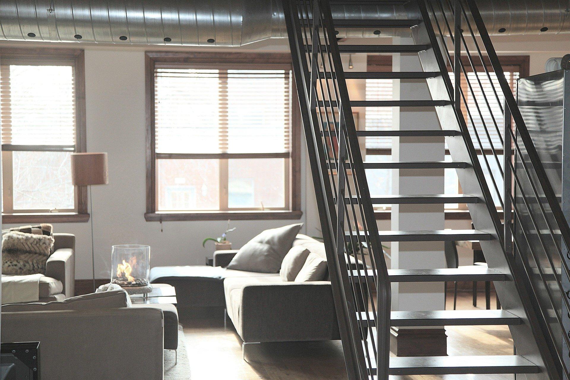 Urządzasz mieszkanie? Zanim zaczniesz wybierać meble, uzupełnij skrzynkę z narzędziami