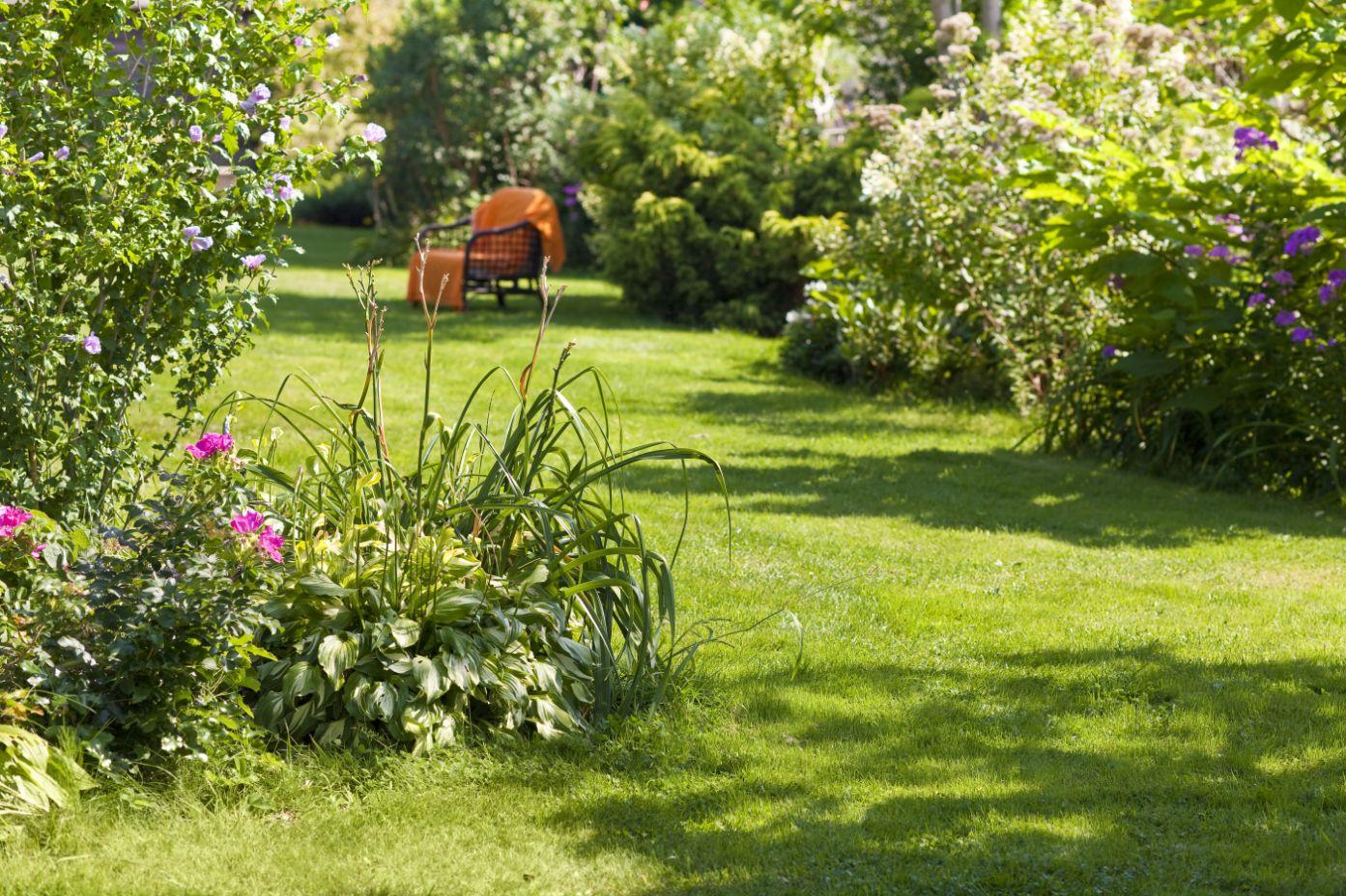Fotele ogrodowe – idealny sposób na relaks w wolnym czasie!