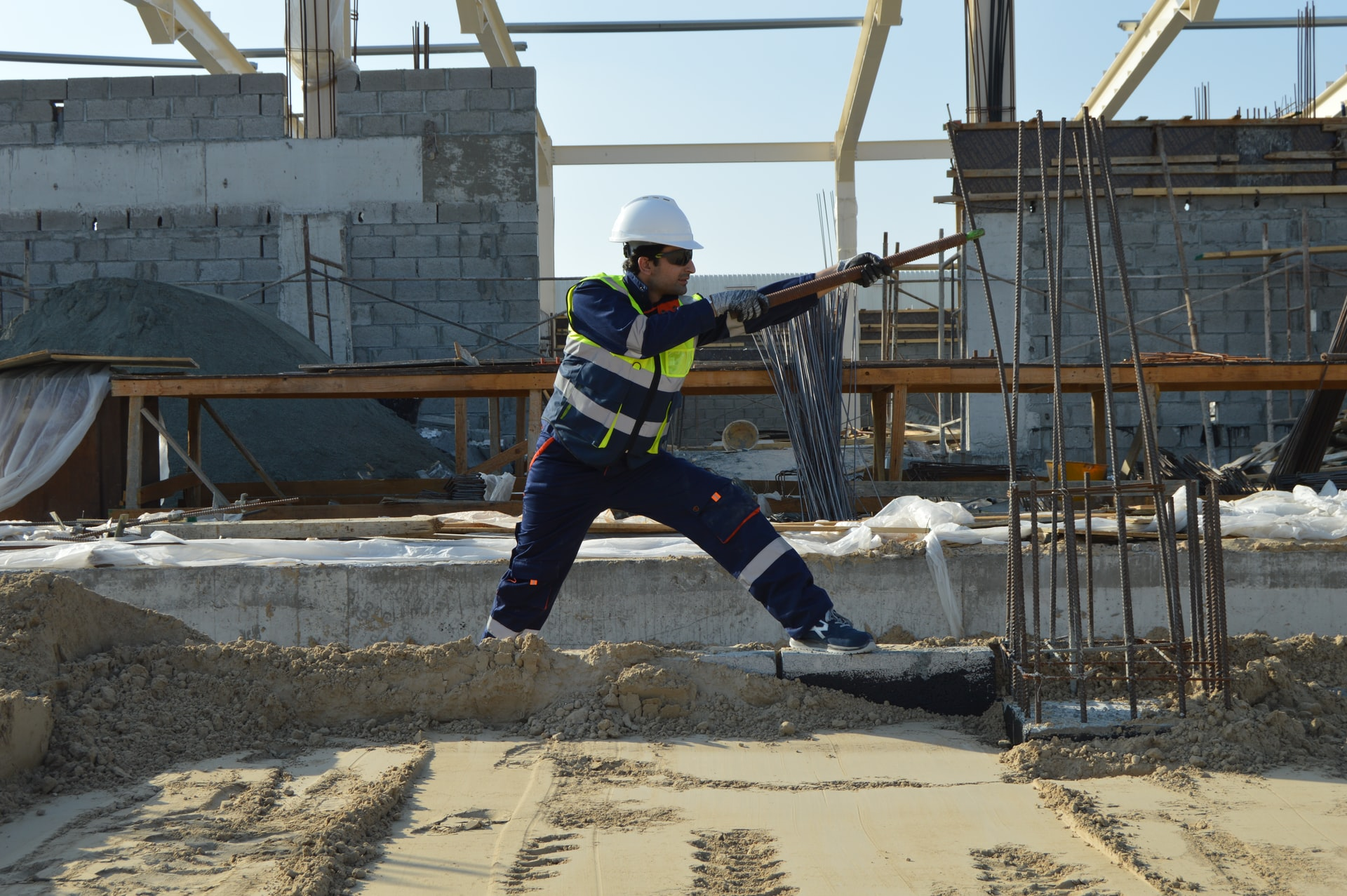 Budowa domu - kto zrealizuje inwestycje?